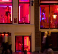 amsterdam-red-light-district-lead-701x394-1-701x394