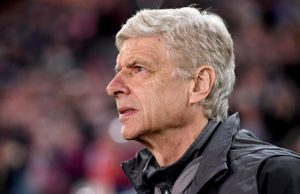 epa06084435 Arsenal manager Arsene Wenger looks on before the friendly soccer match between Sydney FC and Arsenal FC at ANZ Stadium in Sydney, Australia, 13 July 2017.  EPA/PAUL MILLER  AUSTRALIA AND NEW ZEALAND OUT