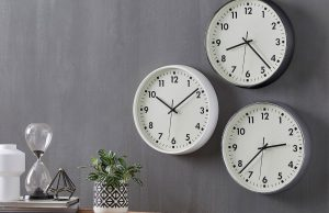 m_f-eddie-round-wall-clocks-194773-r